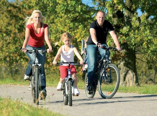 Семейные велопрогулки в Луганске